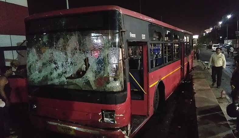 accident tonk road low-floor bus