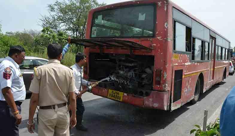 low floor bus caught fire JLN Marg near OTS